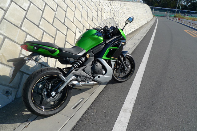 ninja400pb01.jpg title=